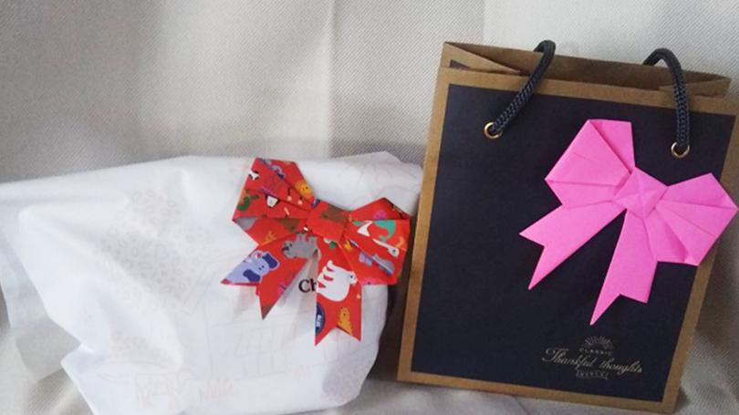 折り紙で作る可愛い飾りリボンの作り方!