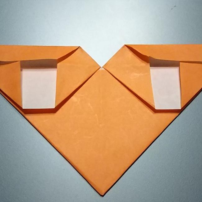 同じように手順6~手順7の折り方で、残りの辺も折っていきます。