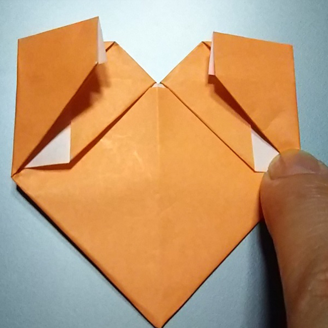 全ての辺を折ると、図のように4つの正方形ができます。