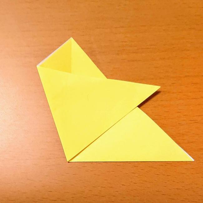 同じように左側を折り、開きます。
